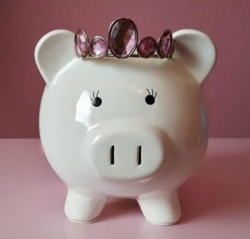 IMAGE - piggy bank, saving for tax