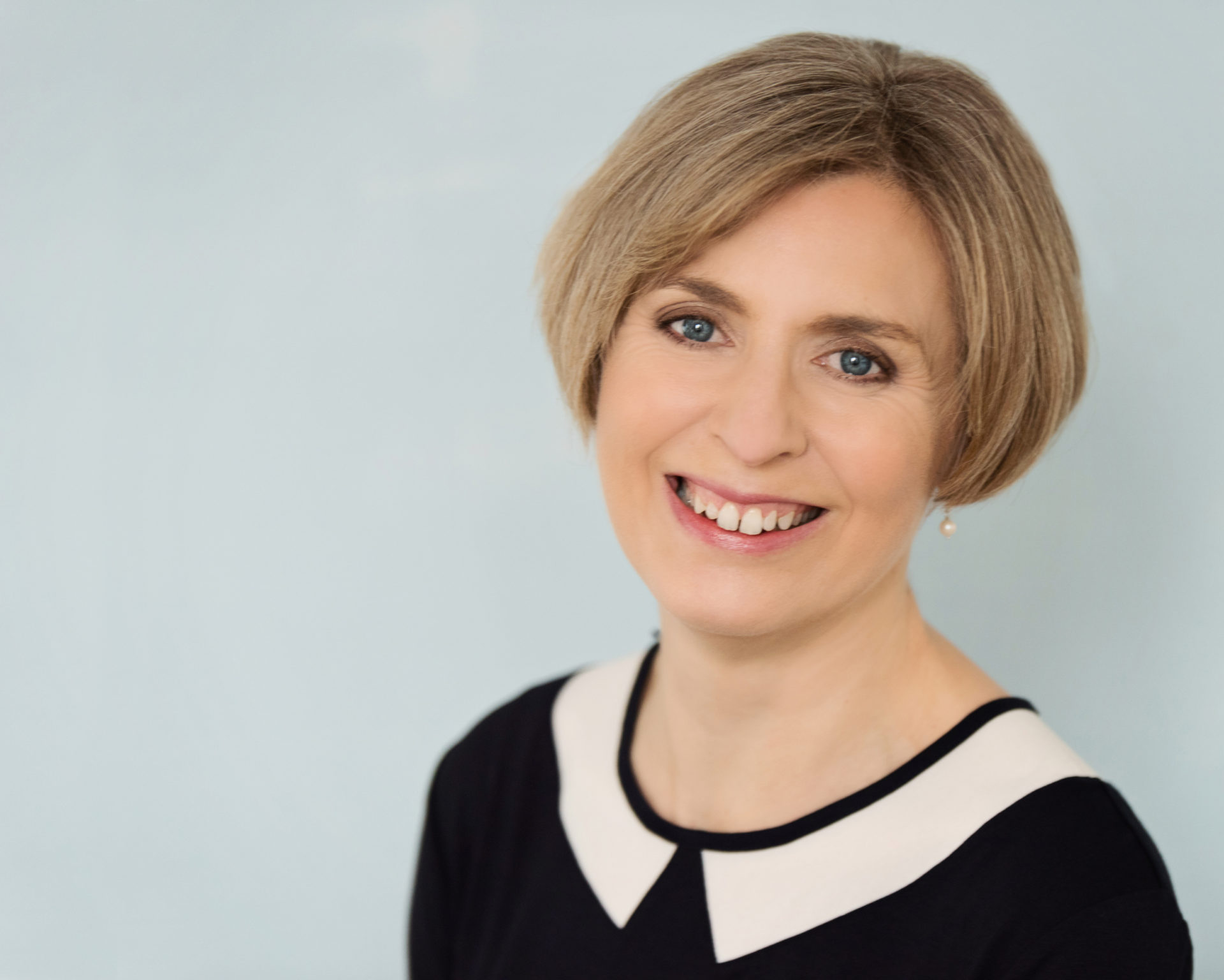 Lynne Gordon, Office Manager, Re:Accounts Ltd